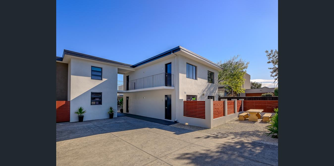 PARKDALE – The ultimate beachside living