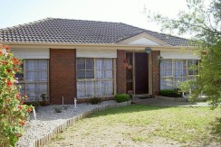 SEAFORD – Modern two-bedroom free standing villa
