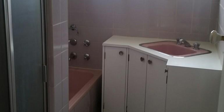batroom 1